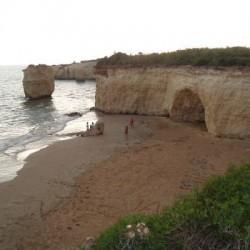 Spiaggia chiusa per l'incuria dei bagnati? La strana situazione di Ciriga